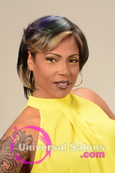 Frontal View of a Bob Hairstyle for Black Women with Blonde Highlights from Alisa Green