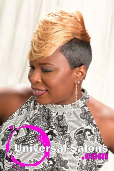 Short Blonde Hairstyle with Tapered Sides from Katina King (3)