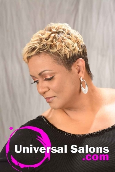 Short Curly Hairstyle with Hair Color from Karline Ricketts (6)