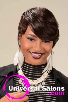 Short-Hairstyle-for-Black-Women-from-Clarese-Andrews-(1)