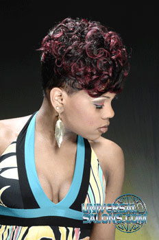 Antavia Crawford's Short Curly Hairstyle