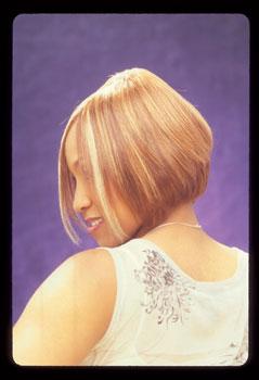 MEDIUM HAIR STYLES from@RENEA SMITH…