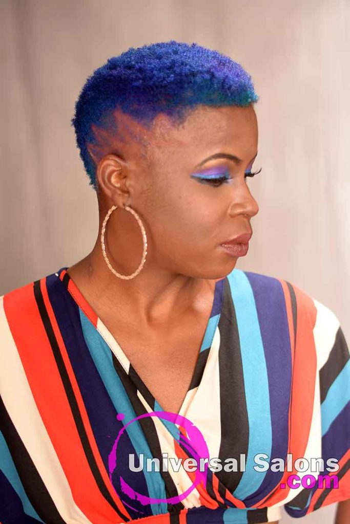 Left view Short natural Hair With Color and Design Part