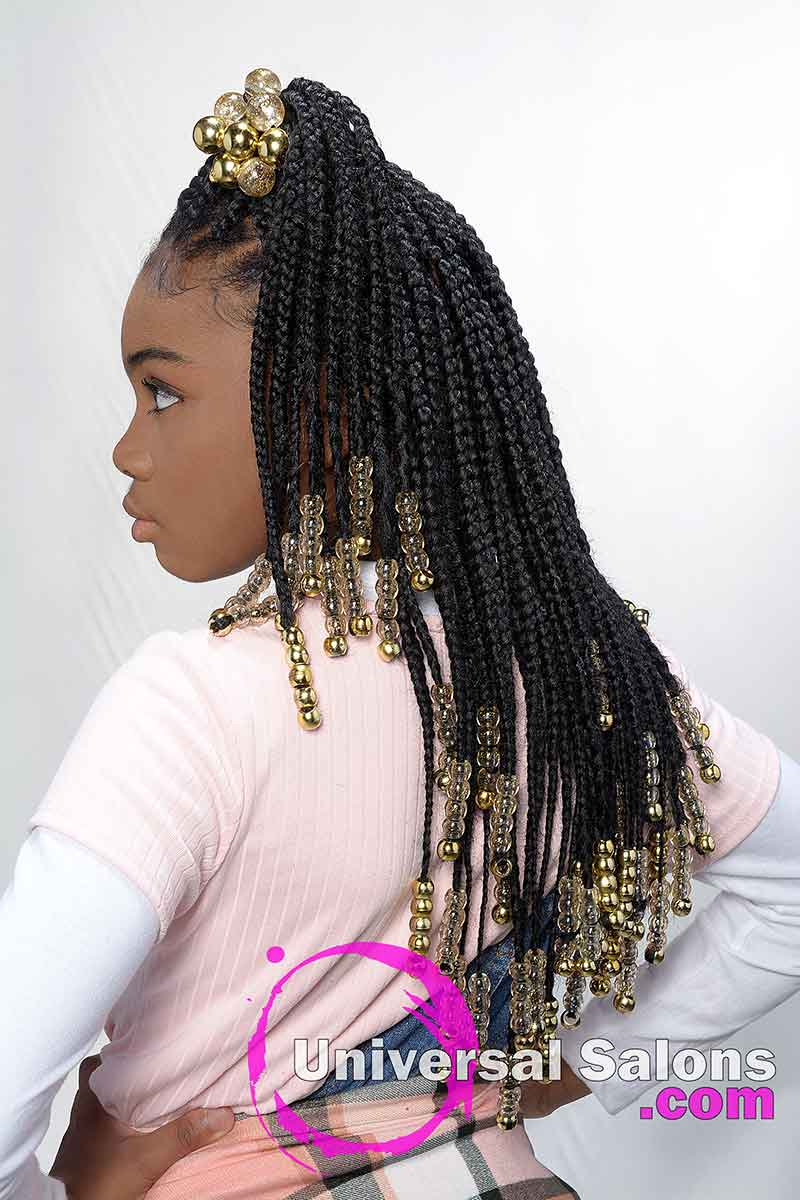 Long Knotless Braids Hairstyle With Beads