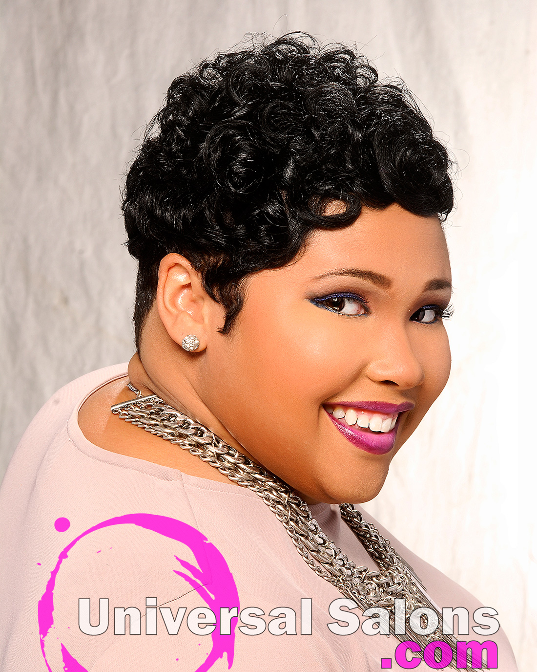 """Soft """"Curly Craze"""" Hairstyle from Leslie Brown"""